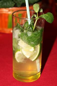 recette cocktail mojito cocktail mojito royal recette simple et rapide