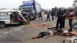 Graphic Photos 10 Dies In Fatal Accident At Lagos Ibadan