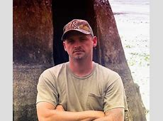 pictures of swamp people cast