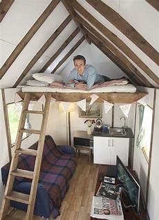 Bett Im Dachgiebel Dachschr 228 Ge Mit Hochbett Tiny House