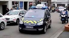 voiture de gendarmerie motards gendarmerie tour camembert 2015