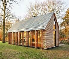 modernes gartenhaus selber bauen mehr als 40 vorschl 228 ge wie sie ein gartenhaus selber bauen archzine net