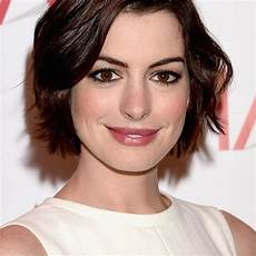 20 photo of short feathered bob crop hairstyles