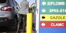 Carburant Pourquoi Les Prix De L Essence Et Du Diesel