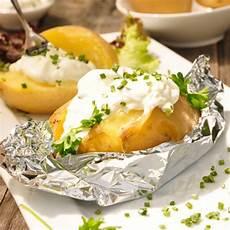 ofenkartoffel mit schnittlauchsauce rezept kochrezepte at