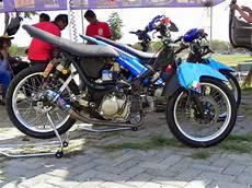 Modifikasi Motor Smash Titan by Modifikasi Motor Suzuki Titan Keren Terbaru Otomotiva
