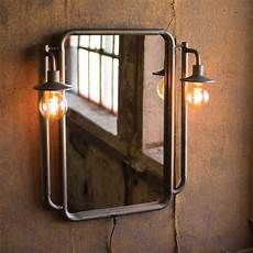 wall mirror w lights