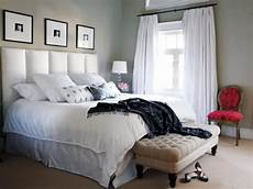 ideas to decorate a bedroom 16 functional ideas for decorating small bedroom