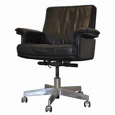 fauteuil de bureau pivotant de sede en cuir 1960