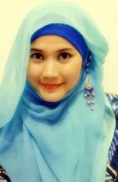 Cantik Tips Jilbab Untuk Wajah Bulat