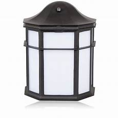 maxxima decorative outdoor led wall light with dusk
