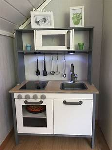 Ikea Küchen Hacks - ikea duktig hack kitchen spraypainted grey ikea
