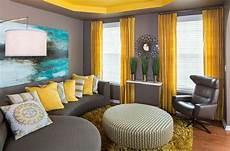 wohnzimmer farbgestaltung grau und gelb wohnzimmer