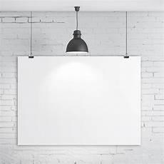 comment accrocher un tableau sans percer comment poser un tableau sans percer