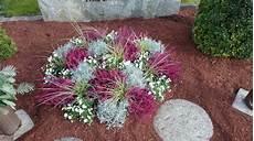 pflanzen für vorgarten bildergebnis f 252 r grabgestaltung grabgestaltung grabbepflanzung und bepflanzung