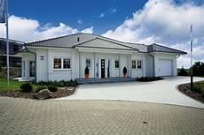 Moderner Bungalow Quot Riviera Quot Rensch Haus Zuhause3 De