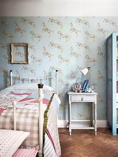 tappezzerie inglesi trend 30 creative ways to decorate with empty frames