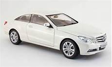 mercedes classe e coupe c 207 white 2009 norev diecast
