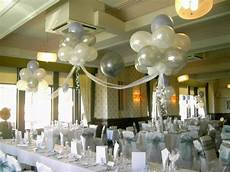 deco ballon helium balloon clouds top table catering and decor tulle tops and pictures