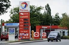 Duitser Voerde Luxemburgse Diesel In Truckstar