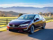 Hondas Hydrogen Fuel Cell Clarity Comes Loaded With Perks