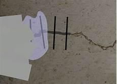 mit einem baustoff ausbessern epoxidharz beton estrich garagenboden risse ausbessern