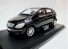 1 18 Dealer Edition Mercedes B Klasse B200 Model