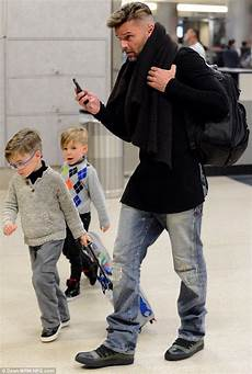 ricky martin kinder ricky martin steps out with his children matteo and