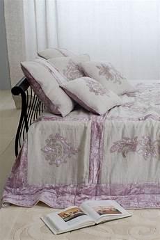 mastro raphael piumoni create a cosy bedroom for winter 2012