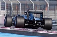formel 1 reifen 2017 wehrlein schlie 223 t pirelli test ab