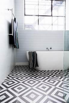 vinyl wandfliesen badezimmer minimalistisch gestaltetes aadezimmer schwarz wei 223 e