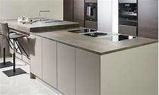 keramik arbeitsplatte küche keramikarbeitsplatten das gro 223 e k 252 chenatlas