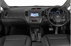 Kia Cerato Interior Kia News 2017 Kia Cerato Updated With More Tech And Safety