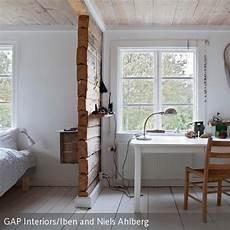 Trennwand Aus Holz Im Schlafzimmer In 2019 Schlafzimmer