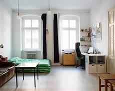 Altbau Zimmer Einrichten - sch 246 nes altbau wg zimmer mit wei 223 en w 228 nden hohen decken