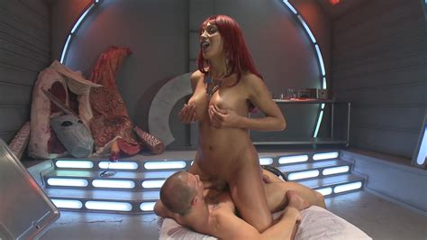 Nude Group Public