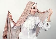 Tutorial Jilbab Pashmina Terbaru Yang Simpel Untuk Kuliah