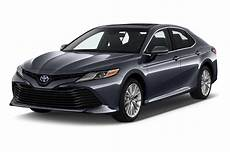2019 Toyota Camry 2 5 Auto Xle Hybrid Specs And Features