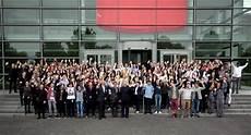 ausbildung 2019 düsseldorf 164 neue azubis und duale studenten starten 2018 bei henkel