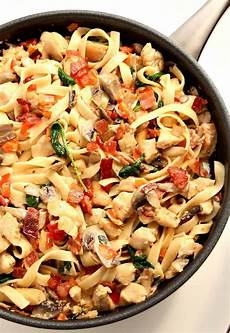 creamy mushroom chicken pasta recipe crunchy creamy sweet