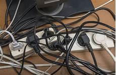 kabelsalat verstecken 7 tipps f 252 r mehr ordnung heimwerkertricks net