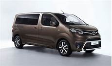 Toyota Proace Verso 2 0d 180cv Auto 8p Advanced Family
