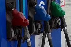 voiture compatible e10 liste des v 233 hicules compatibles avec le biocarburant e10