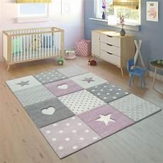 Sternen Teppich Kinderzimmer - kinderteppich kariert herzen sterne lila grau teppich de