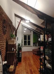 illuminazione travi a vista illuminazione led casa lluminare a led una mansarda