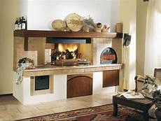cucina a legna con forno camino con forno a legna rustico cerca con cucine