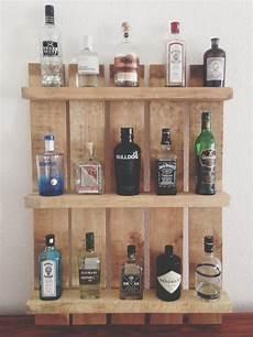 regale aus paletten bauen einen gin tonic bitte regal aus palette die liebe
