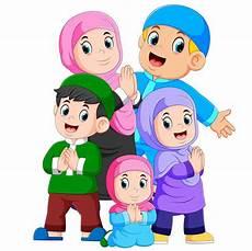 Gambar Mewarnai Keluarga Lengkap Dengan Contoh Warnanya