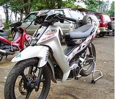 Variasi Fiz R by Modifikasi Motor Fiz R Cross Modivix