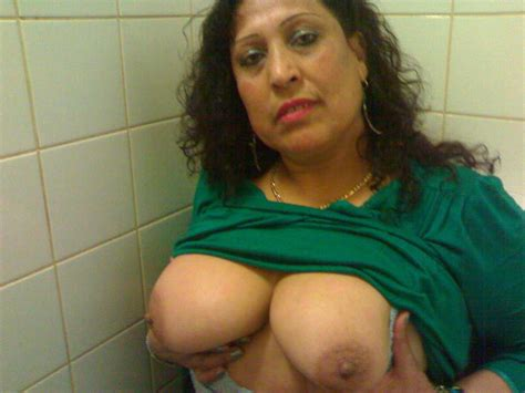 Indian Mature Naked